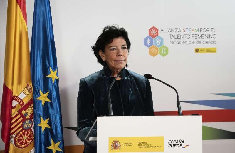 La ministra Isabel Celaá
