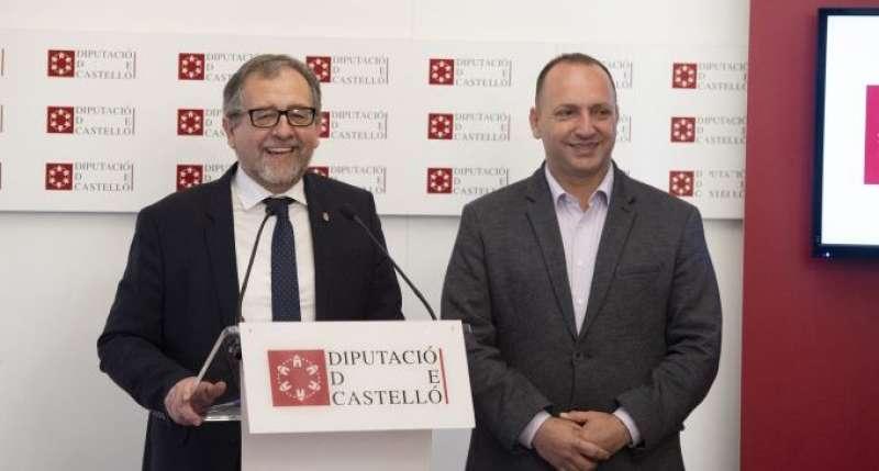 José Martí junto a Rubén Martínez Dalmau. EPDA