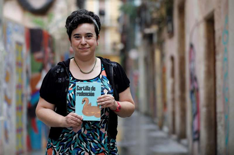 La escritora y filóloga Puri Mascarell. EFE/Ana Escobar