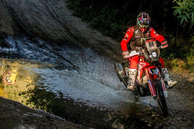 El castellonense Joan Barreda, durante la cuarta etapa del Rally Andalucía 2021, prueba de preparación para el Dakar 2022. EFE/ Brais Lorenzo