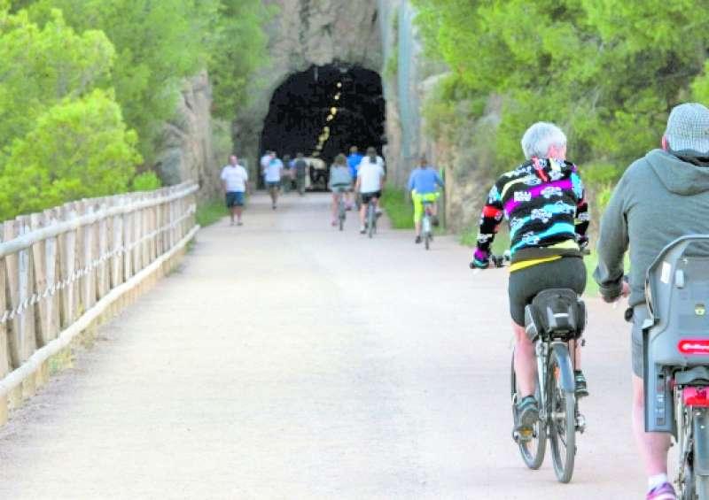 Ciclismo y piragüismo para un fin de semana deportivo