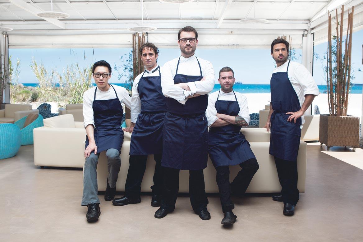 Pascal Leydet y su equipo de cocina. FOTO EPDA