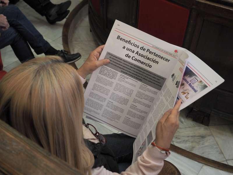 La Federación de Asociaciones de Comerciantes de Sagunt ha repartido su periódico