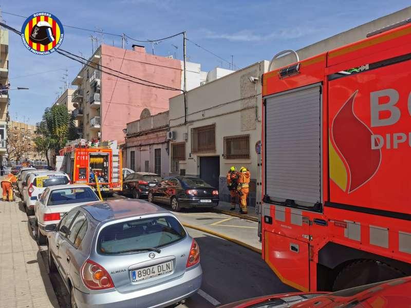 Unidades de bomberos en la calle