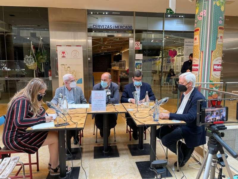 I Quincena Cultural de El Camino del Santo Grial que se está desarrollando en el Mercado de Colón de Valencia