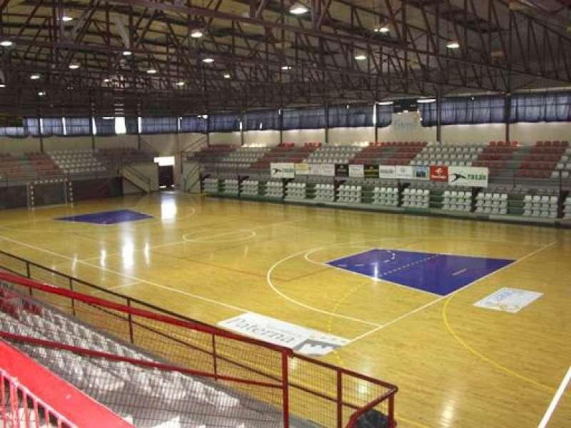 Interior del pabellon de la Ciudad Deportiva Municipal de Paterna. EPDA