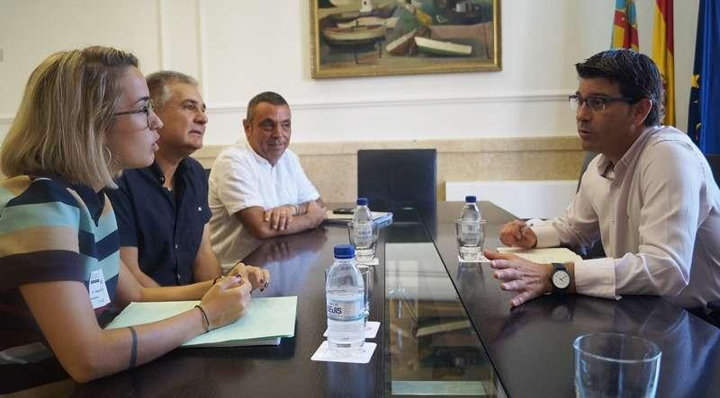 La alcaldesa, con el presidente de la Diputació. EPDA