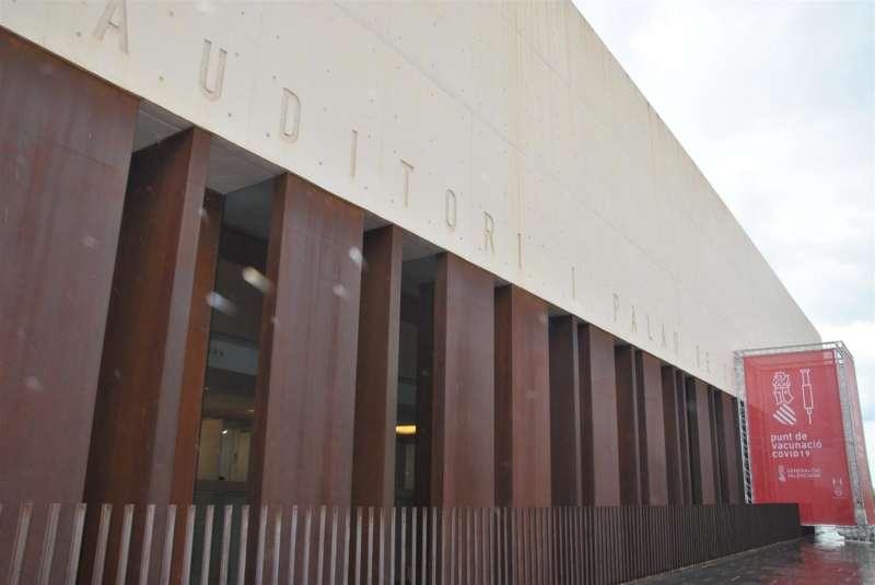 El Palacio de Congresos de Castellón, convertido en centro de vacunación masiva. / GVA