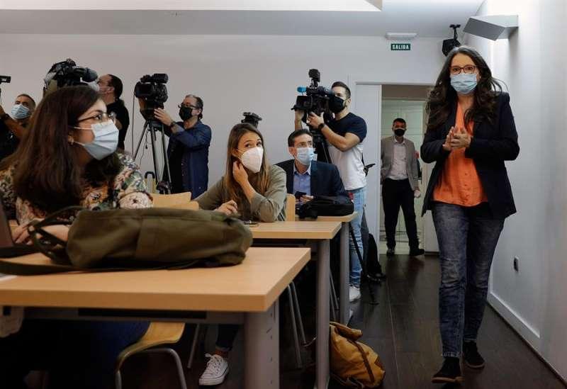 La vicepresidenta el Consell, Mónica Oltra, a su llegada a la rueda de prensa posterior al Pleno del Consell en una imagen de archivo.EFE