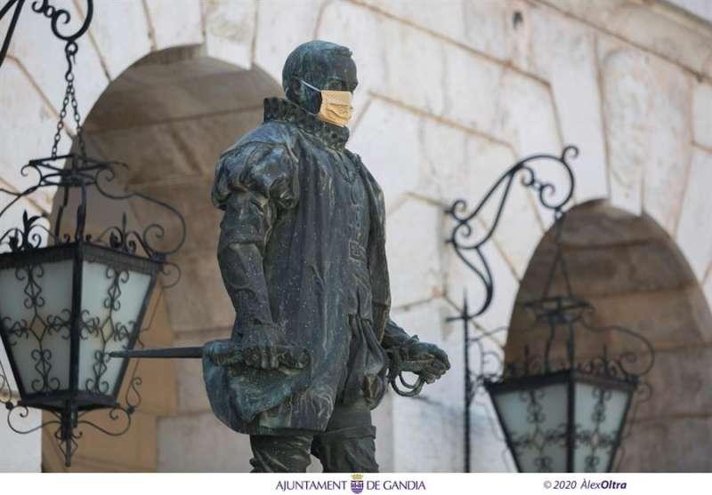 Una imagen de una de las estatuas facilitada por el Ayuntamiento de Gandía. EFE