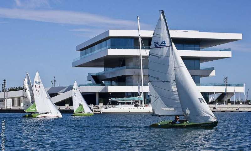 Edificio del Veles e Vents de la Marina Real. FOTO FDMV