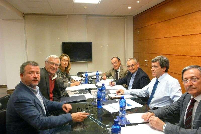 Instante de la primera sesión de la Comisión Delegada para el Impulso de la Integración Territorial
