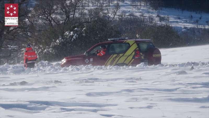 La masía se encuentra aislada por la nieve. Foto:Archivo
