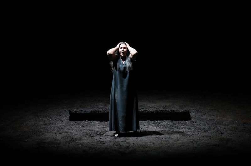 La soprano Irene Theorin en el papel de Elektra, en el Palau de les Arts de València. EFE/Ana Escobar