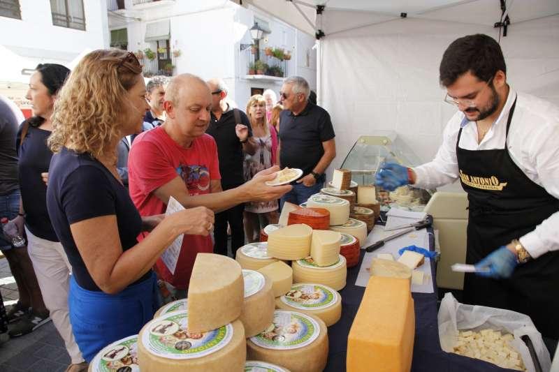 Degustación de quesos en Montanejos. EPDA