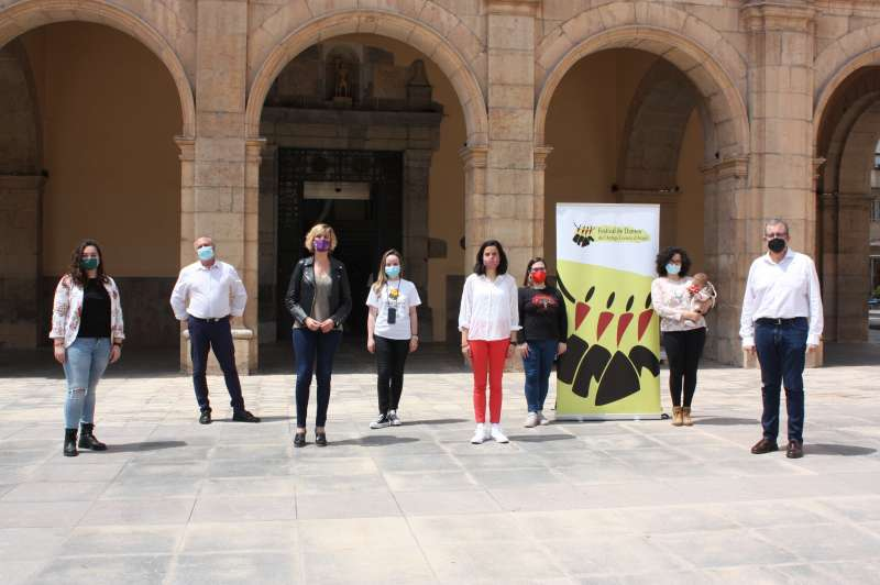 Verònica Ruiz amb les entitats/EPDA