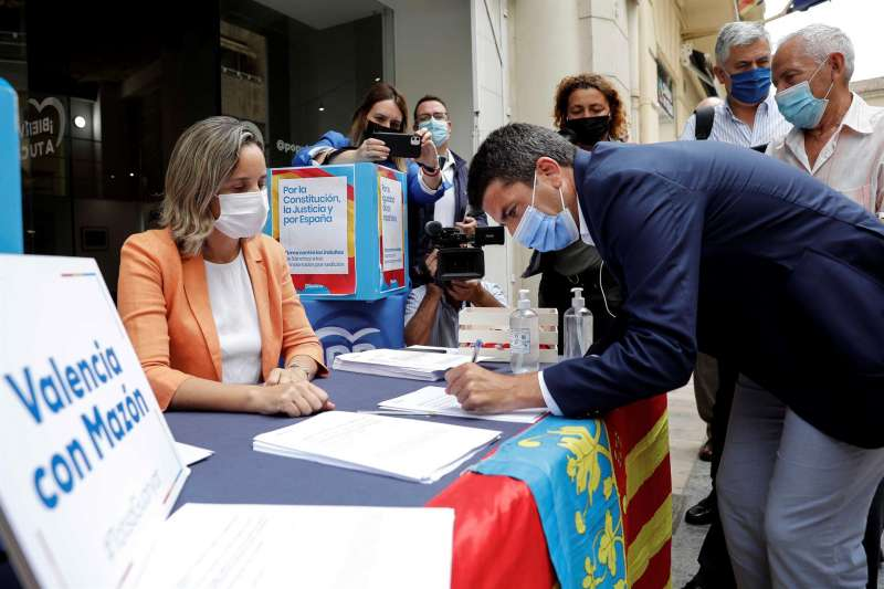 El presidente de la Diputación de Alicante y único candidato a presidir el PPCV, Carlos Mazón. EFE/Ana Escobar/Archivo