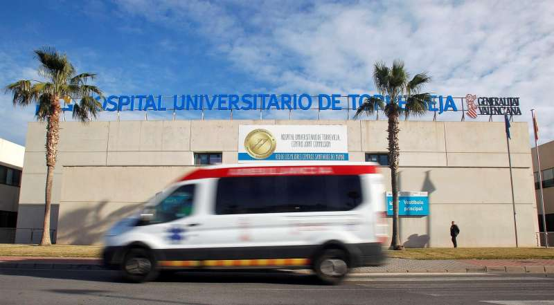 Imagen del Hospital de Torrevieja (Alicante). EFE/Pep Morell/Archivo