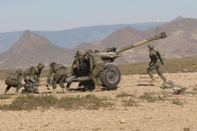 Un ejercicio militar con fuego real en el que participa la Legión. EFE/Archivo