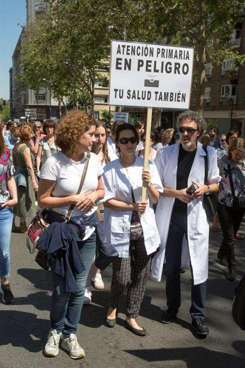 Imagen de archivo de una protesta de la Atención Primaria en Vitoria. EFE/ David Aguilar/Archivo