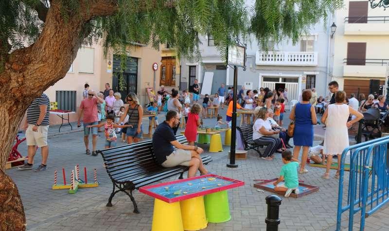 Las fiestas vuelven a la plaza del Ángel Custodio
