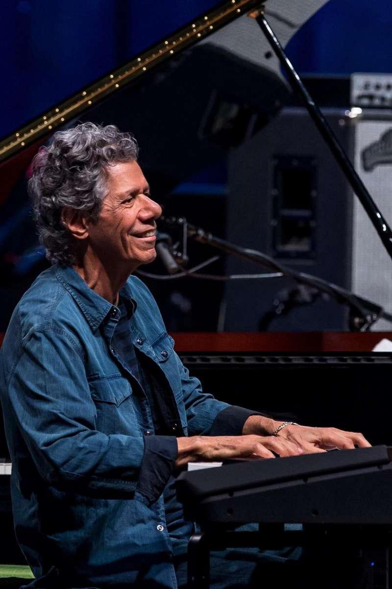 El pianista estadounidense de jazz Chick Corea durante un concierto.