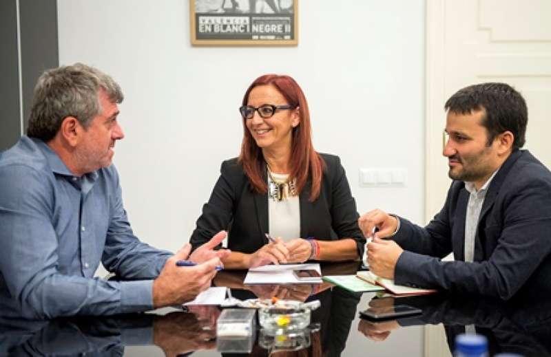 Bort, Amigó i Marzà, en una reunió. EPDA