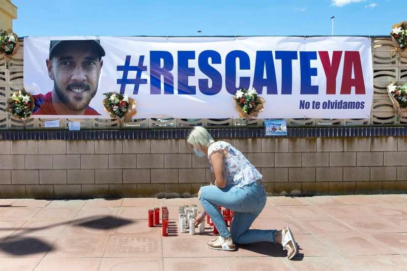 Cristina, esposa de David, el estibador de 36 años desaparecido en el accidente del buque Nazmiye Ana en el Puerto de Castelló