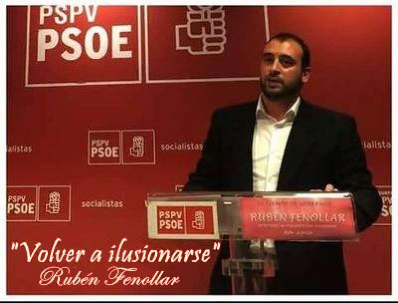 Rubén Fenollar en un mítin del PSPV. //EPDA
