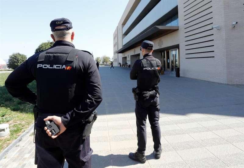 En la imagen, la Policía Nacional en Castellón. EFE/ Domenech Castelló/Archivo