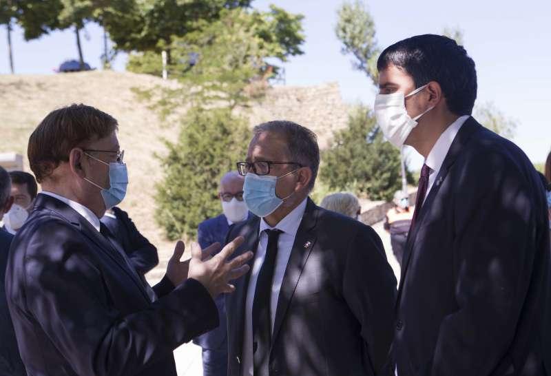 Rhams�s Ripoll�s, alcalde de Morella, junto al president de la Generalitat, Ximo Puig, en una imagen de archivo. EPDA