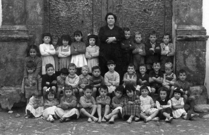 Los grupos escolares de Geldo en una exposición