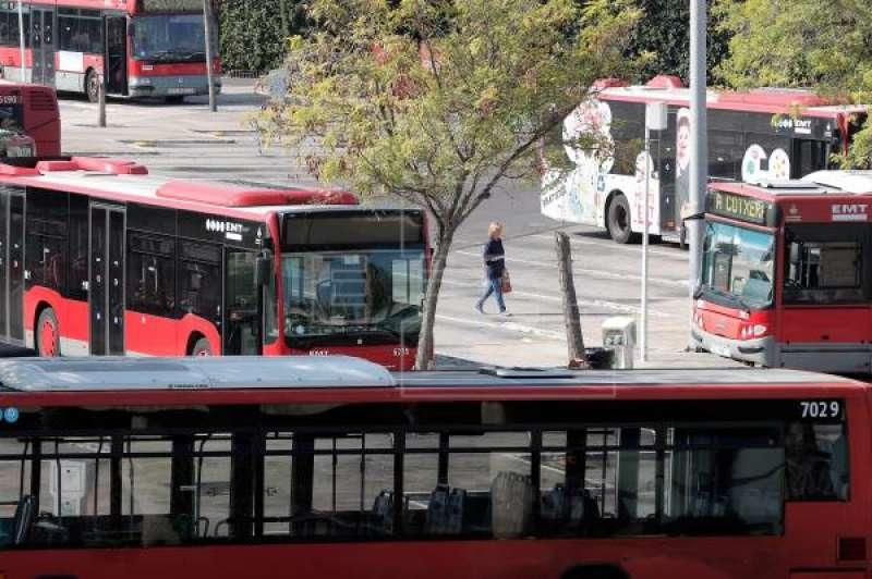 Autobuses de la EMT en Valencia. EPDA