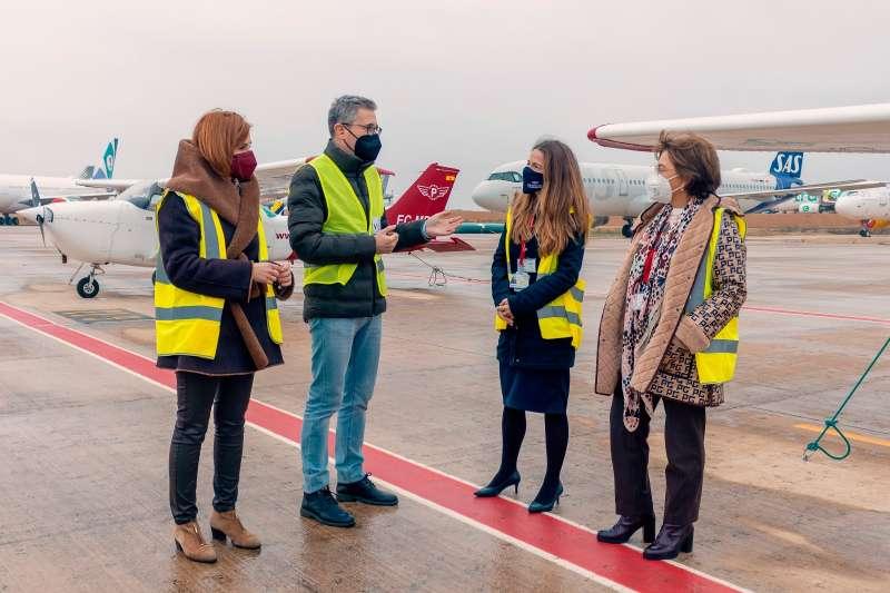 Arcadi España con responsables de Aerocas