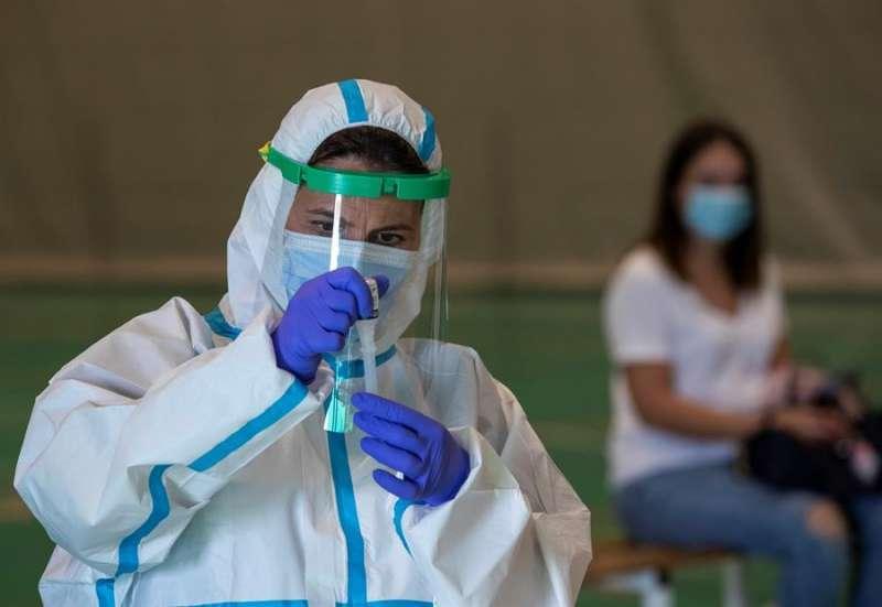 La Comunitat Valenciana registró ayer 217 casos de coronavirus. EPDA.