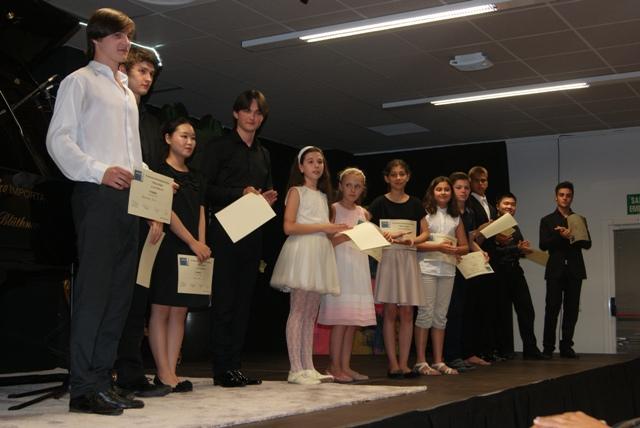 Imagen de todos los galardonados. FOTO: EPDA