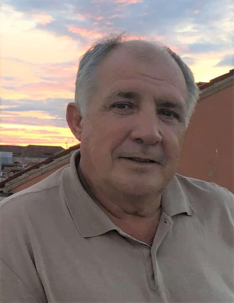 Enrique Ballesteros. EPDA