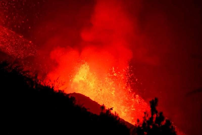 Volcán de La Palma en erupción./EPDA