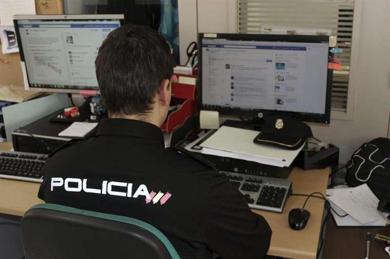 Fotografía de archivo de un Policía Nacional./ EFE