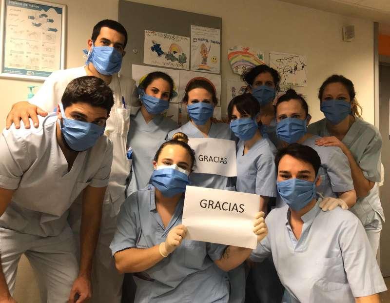 Los sanitarios contnúan siendo los más expuestos en la pandemia