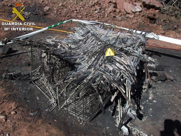 Restos del origen del incendio producido en marzo de 2013 en Segart. EPDA