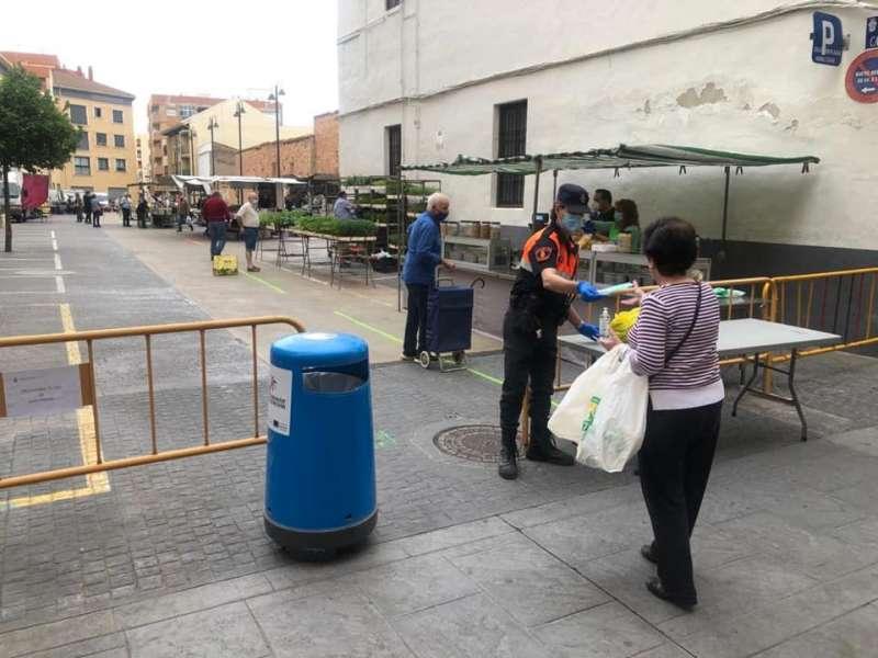 Medidas de higiene y control en el acceso al mercado de Massamagrell. EPDA