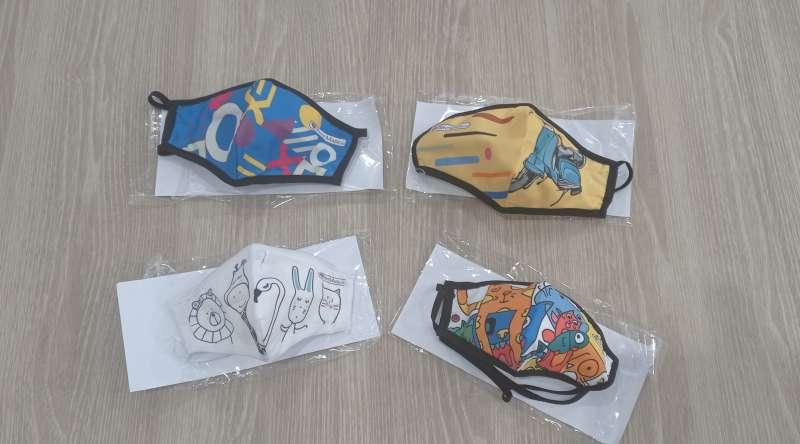 Donación de mascarillas en Oropesa / EPDA