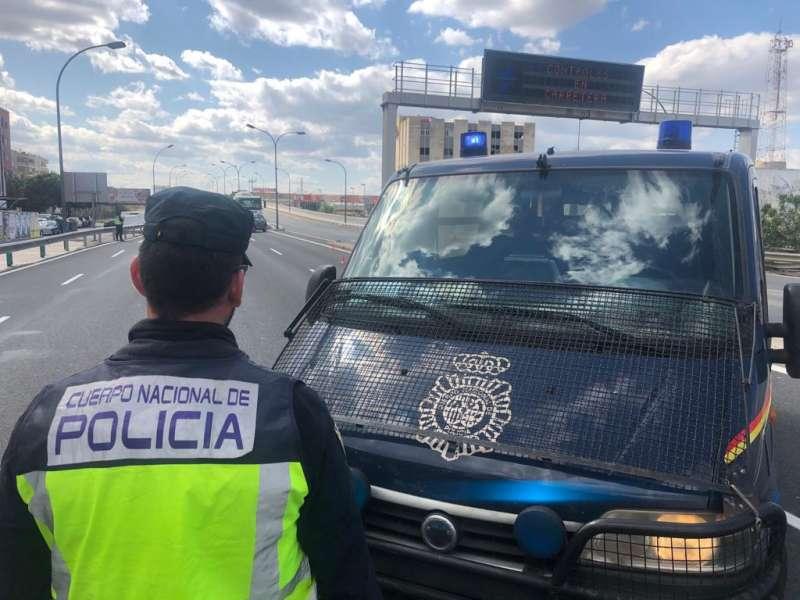 Control de la Policía Nacional. EPDA