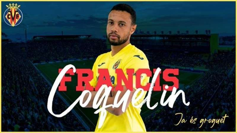 El centrocampista Francis Coquelin posa como nuevo jugador del Villarreal. Foto cedida por el Villarreal CF