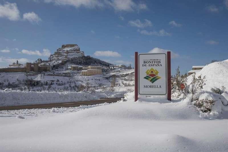 Imagen de archivo del paso de la tormenta Filomena por Morella, una de las localidades más afectadas de las comarcas del interior de Castellón. EFE