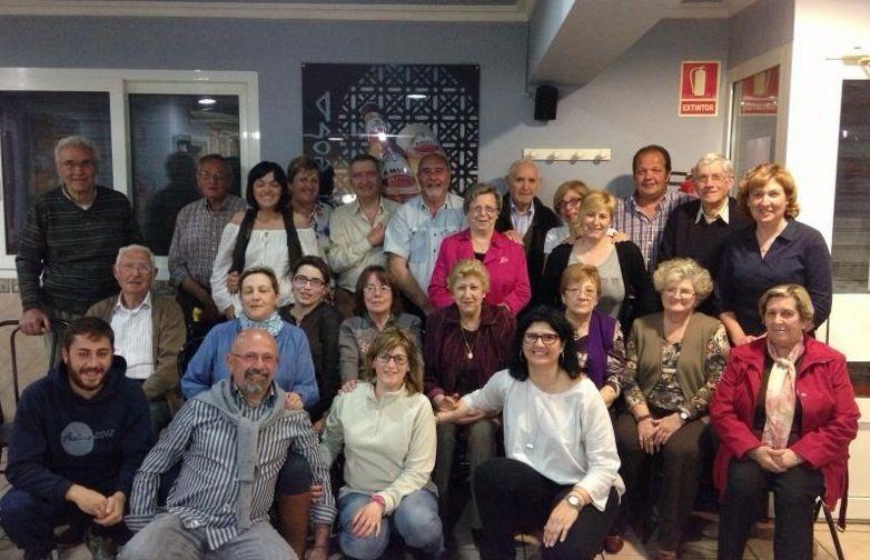 Numerosos militantes en el congreso del PP de Estivella. FOTO EPDA