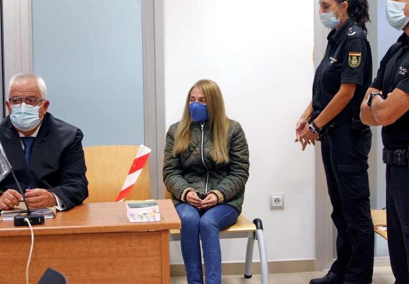 Concepción Martín, conocida como la viuda negra de Alicante, se sienta en el banquillo de la Audiencia Provincial.