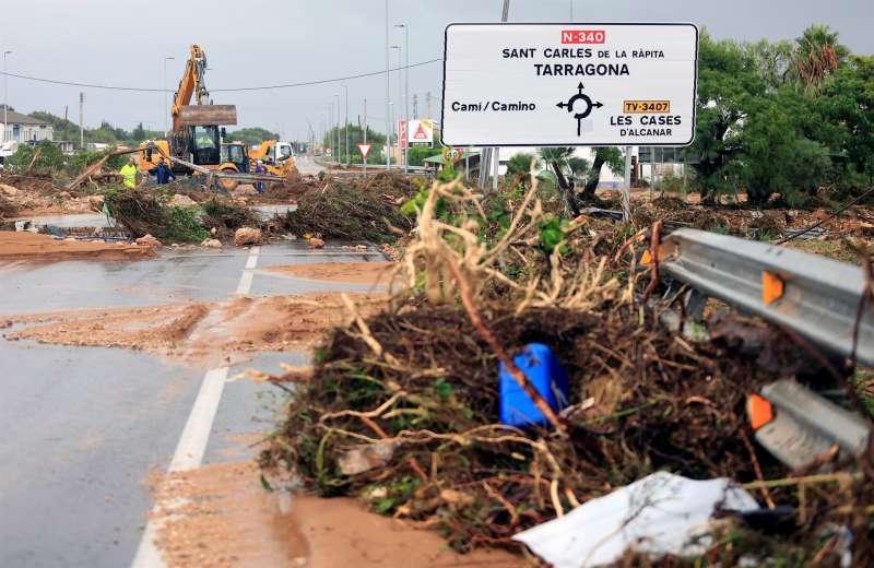 La localidad de Alcanar (Tarragona), una de las que este miércoles ha sufrido las peores inundaciones. EFE/ Domenech Castelló