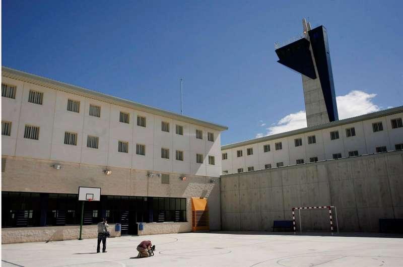 Vista del patio interior del centro penitenciario Castellón 2, en Albocàsser. EFE/Domenech Castelló/Archivo